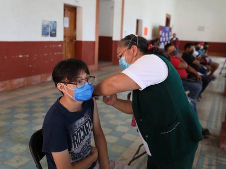 Inicia vacunación contra el Coronavirus en personas entre 18 y 29 años en 10 municipios del estado