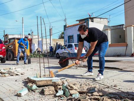 El alcalde Julián Zacarías Curi atiende con servicios públicos las calles del centro de la ciudad