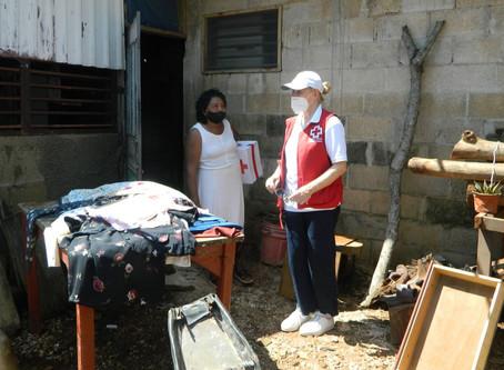 Entregan ayuda humanitaria en municipios afectados por huracán Delta