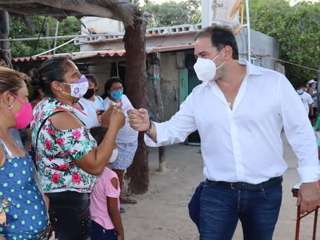 Julián Zacarías Curi, candidato del PAN regresa al puerto de Chelem
