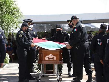 Llega a su última morada el policía asesinado por sicarios