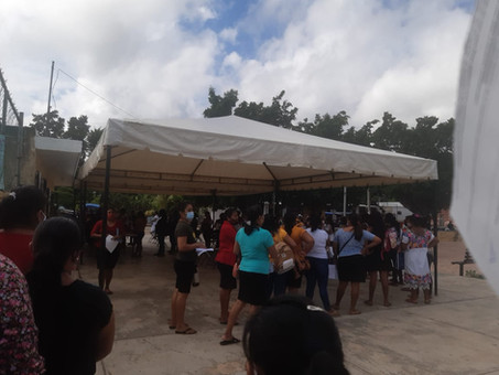En Hunucmá continúan las entregas de apoyos federales a estudiantes