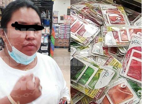 Mujer quería acabar con el mal olor; intenta robar aromatizantes de un súper