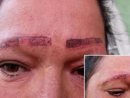 Señora es estafada, le tatúan las cejas y este fue el terrible resultado