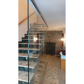 Treppe nachher2.jpg