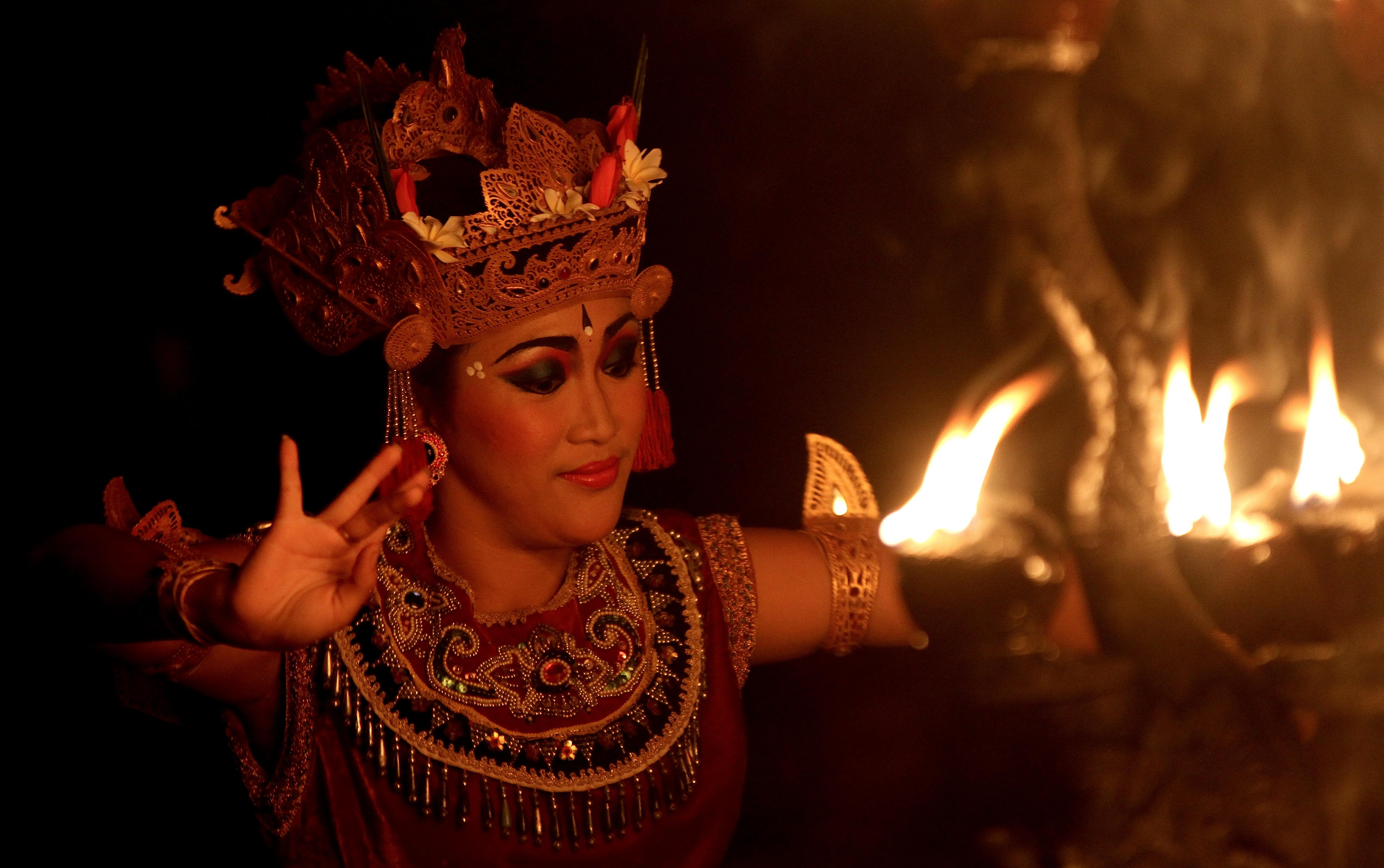 Bali_Dancer_3