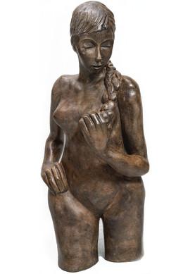 אשה עם צמה