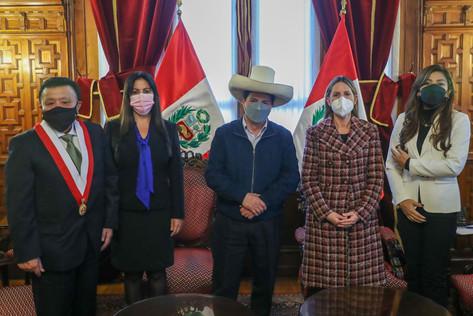 Presidente Pedro Castillo se reunió con Mesa Directiva del Congreso unicameral.