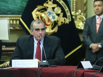 Presidente del Congreso sugirió a Vizcarra una iglesia para reunión