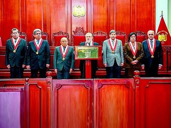 Tribunal Constitucional admitió demanda contra el gobierno por haber disuelto el Congreso