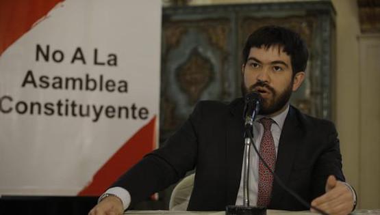 """Abogado Lucas Ghersi:  La """"Asamblea Constituyente es una amenaza muy grande para el estado de derecho del Perú""""."""