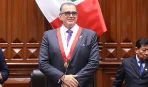 Olaechea emplazó al presidente Vizcarra