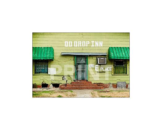 """""""Do Drop Inn"""" Shelby, Mississippi"""