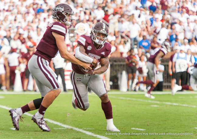 Nick Fitzgerald reads the defense on an option to Kylin Hill.