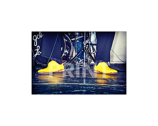 """""""Yellow Shoes Tappin' the Blues"""""""