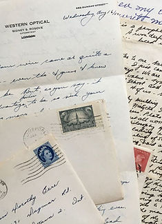 mi-27_old-letters-collage3_lowres_op.jpg