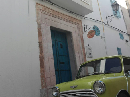 Back to the 60's, a vintage atmosphere at our house in the heart of the medina