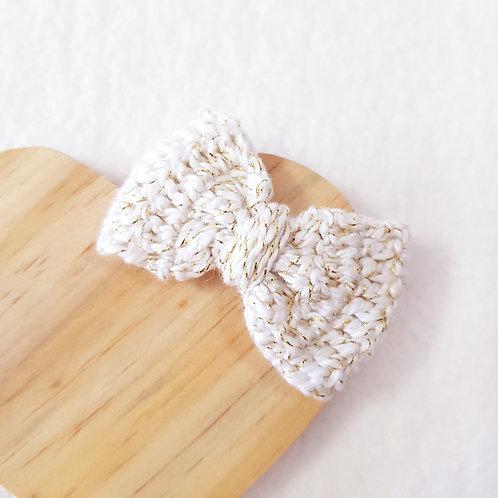 Laço Crochê Branco Ouro