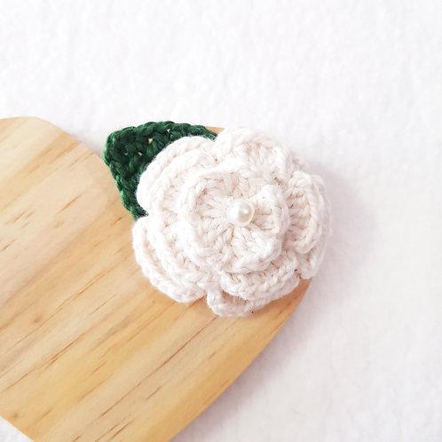 Laço Flor de Crochê Off-White
