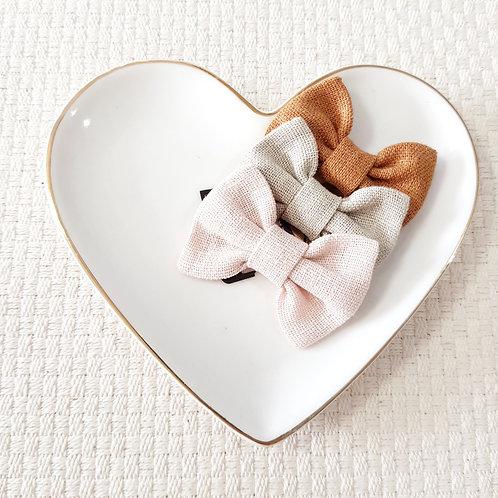 Kit Laços Butterfly Mini Linho Rosa Blush +Areia + Caramelo
