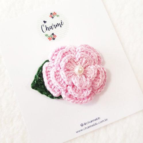 Laço Flor de Crochê Rosa Bebê