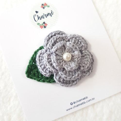 Laço Flor de Crochê Cinza