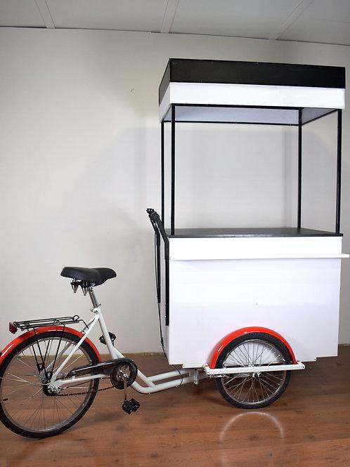 Bicicleta de tres ruedas con barra