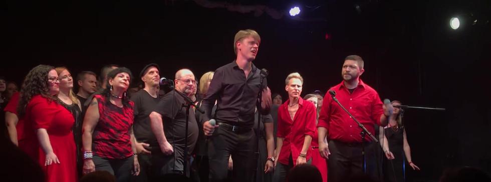 Dr.Tomas Rosen's Incredible Performance on Gotham Rock Choir Concert