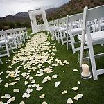 cérémoie laique mariage perpignan décoration pyrénées orientaes chaise fleurs arche