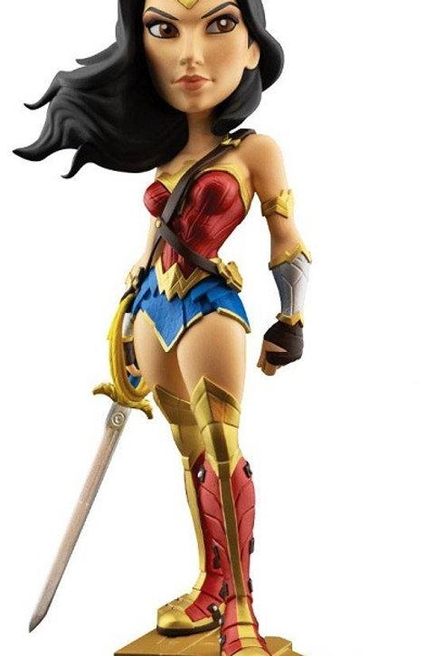 DC Comics Vinyl Figure Gal Gadot as Wonder Woman 20 cm