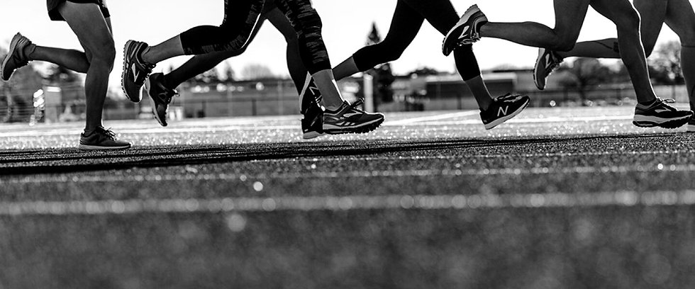 lifestyle_track_running_group_4_10208134