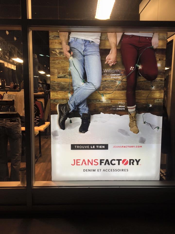publicité vitrine et journaux Jeans Factory