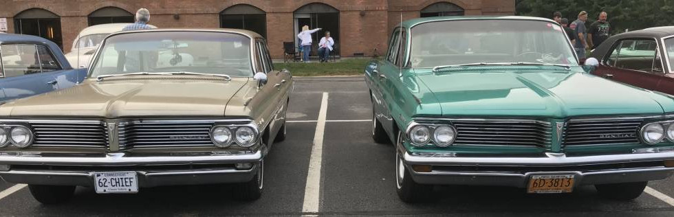 Check out this pair of '62s !  That's Tom T's CT ride on the left and Marty C's  from MY on the right.