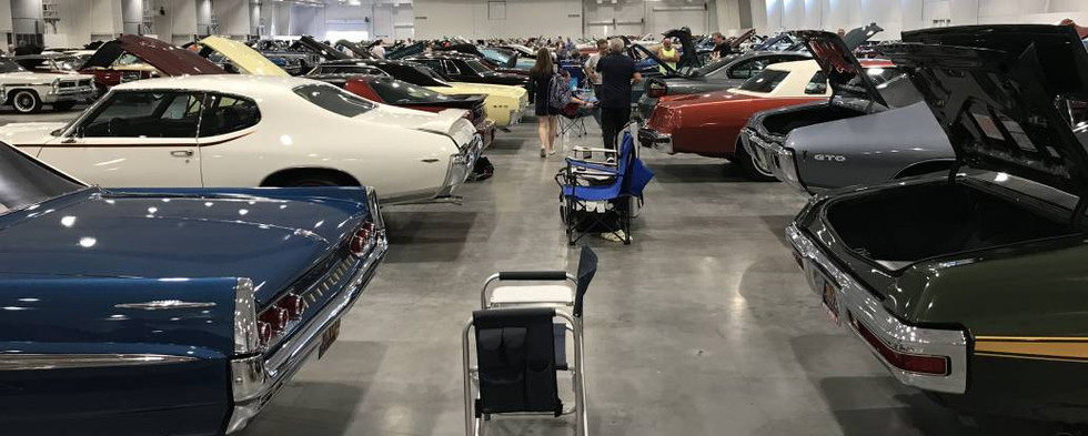 With the big show day, the number of Pontiacs on the indoor show floor reached its peak.  Just incredible iron !