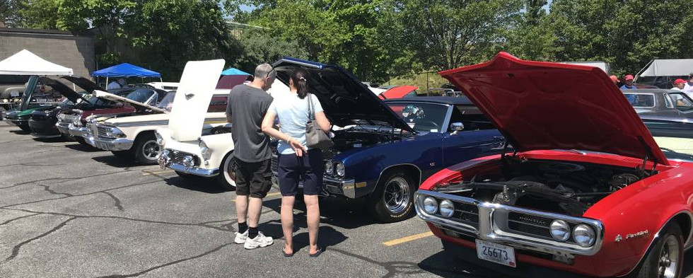 The eye was treated to multiple long rows of great classic iron at the club's 28th annual show.
