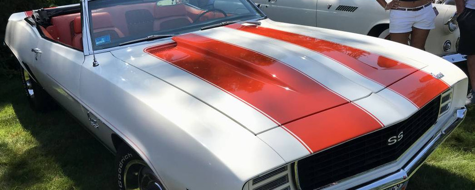 In 1969, The Chevy Camaro paced the Indianapolis 500, wearing a paint scheme which looked just like this one...!