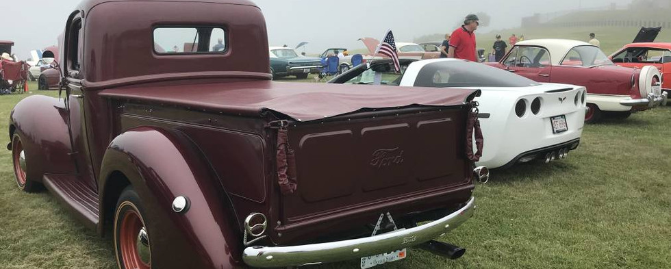 Several great pickups dotted the field as well. Check out this Ford.