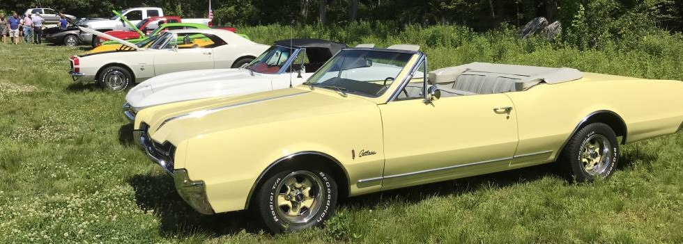 Phil R. brought his sweetheart down from Southborough on a perfect convertible-top-down day in the '67 Cutlass.
