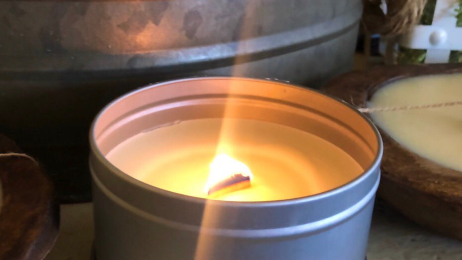 16oz. Wooden Crackling Wick Candle