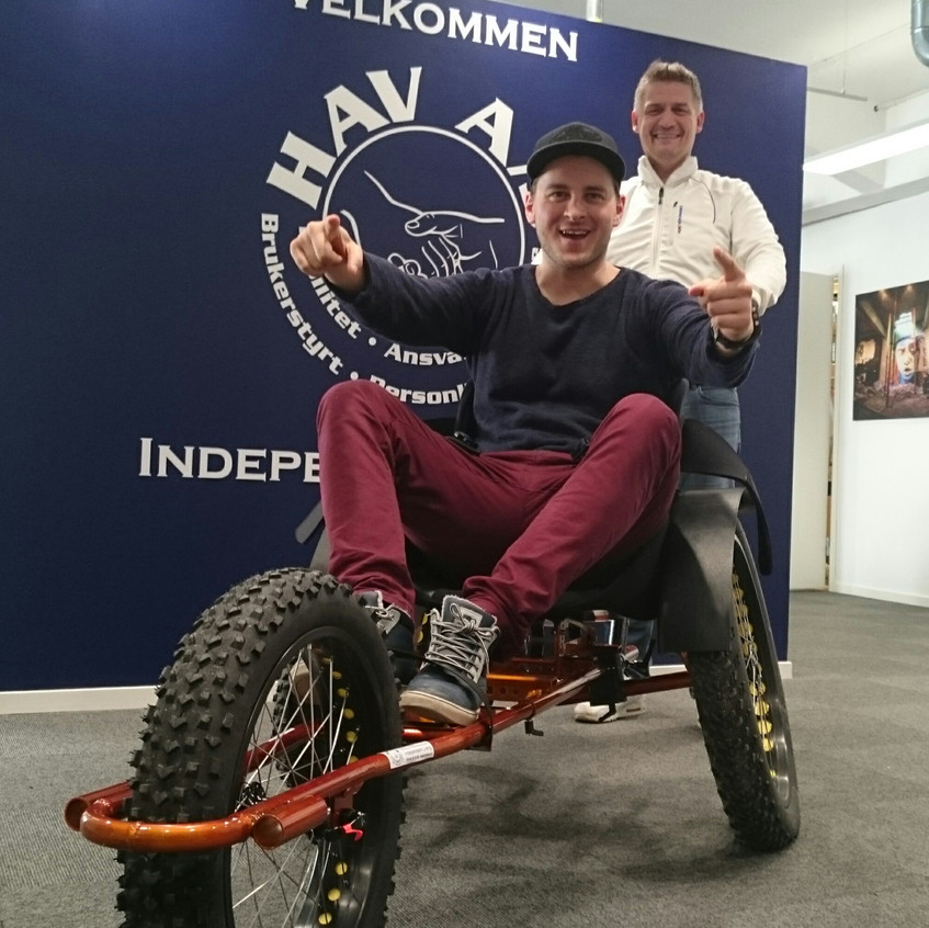 Lars Martin på sykkel