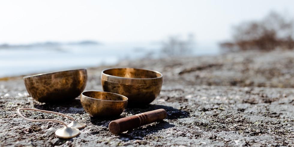 Ekon – yogaveckoslut på Själö (maj)