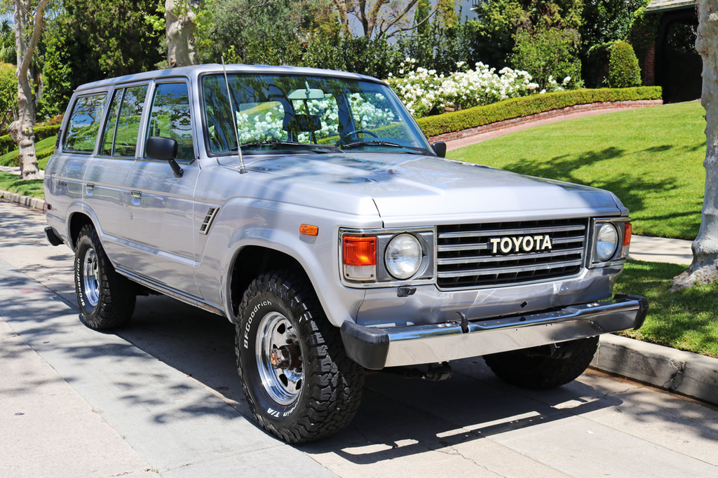 The Difference Between The FJ60 & FJ62 Toyota Land Cruiser