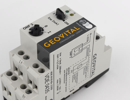 Circuit cut-off switch