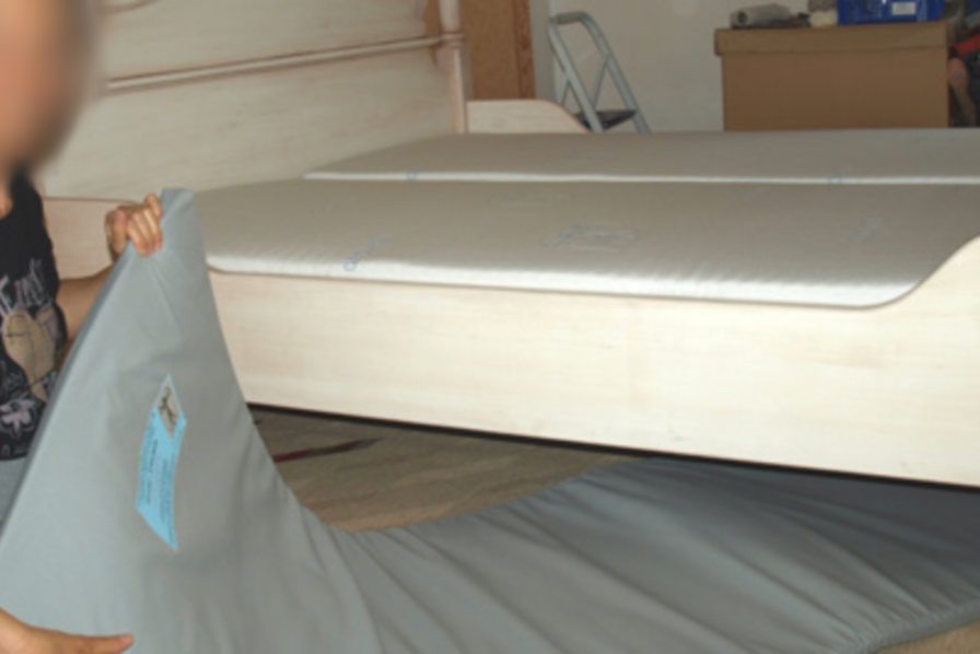 Shielding mats – under bed type