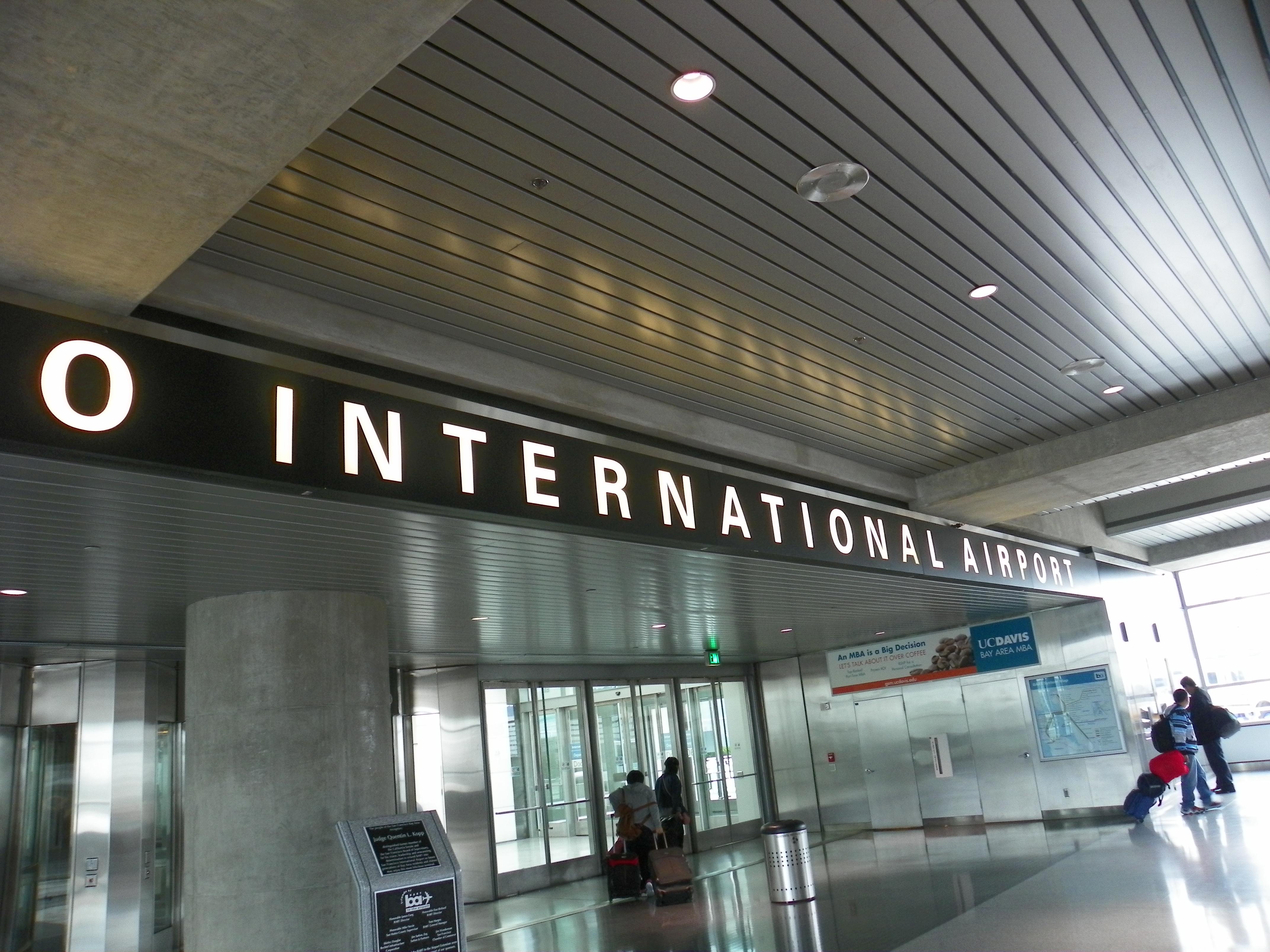 SFO Airport-001 (DAS, AE)