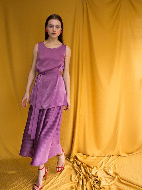 Susan sleeveless top