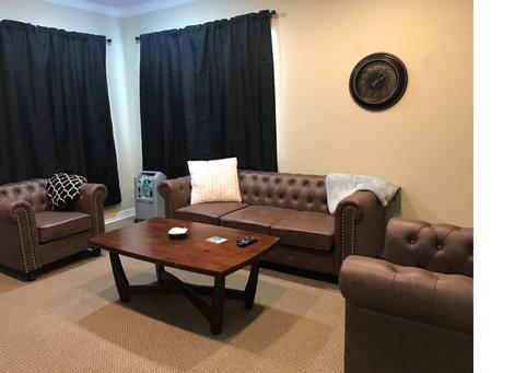 Room 2 Shreveport.png
