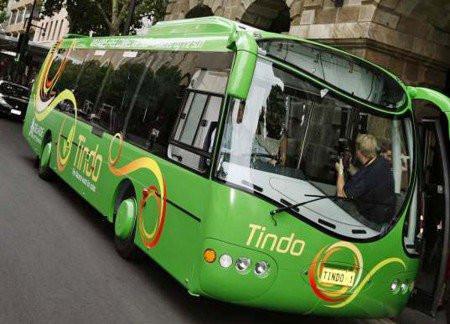 Na Austrália, ônibus movido a energia solar tem ar condicionado, wi-fi e não cobra tarifa