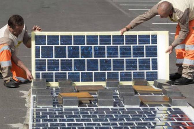 França vai transformar rodovias em miniusinas solares