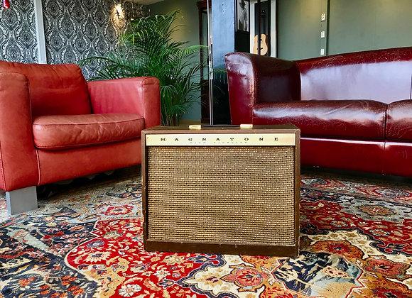 SOLD! - 1962 Magnatone Custom 413 1x12 Vibrato Tonemaster